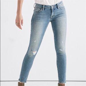 Lolita skinny mid rise curvy fit jeans